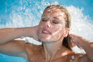 Moisturizing aging skin