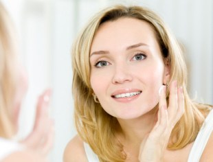 Promoting Healthy Skin with Retinol